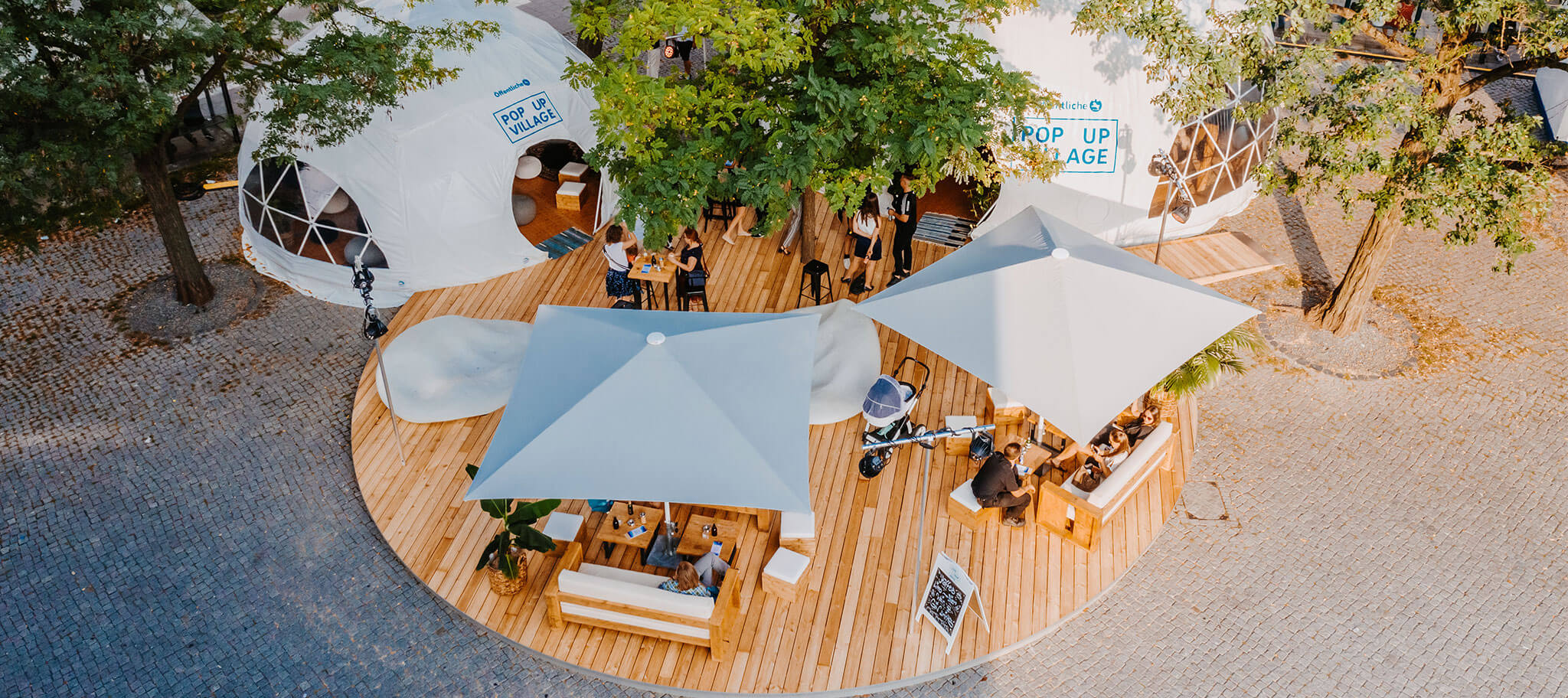 Pop Up Terrasse am Tag